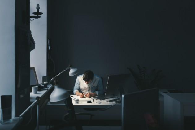 Los trabajadores jóvenes necesitan que las compañías prioricen su salud mental