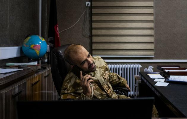 Policía afgana batalla con un nuevo rol de vigilancia