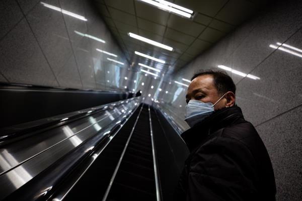 Japón pondrá en cuarentena a todos los viajeros de China y Corea del Sur