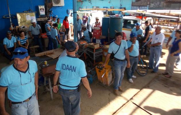 Idaan adeuda cuatro quincenas a 242 trabajadores eventuales