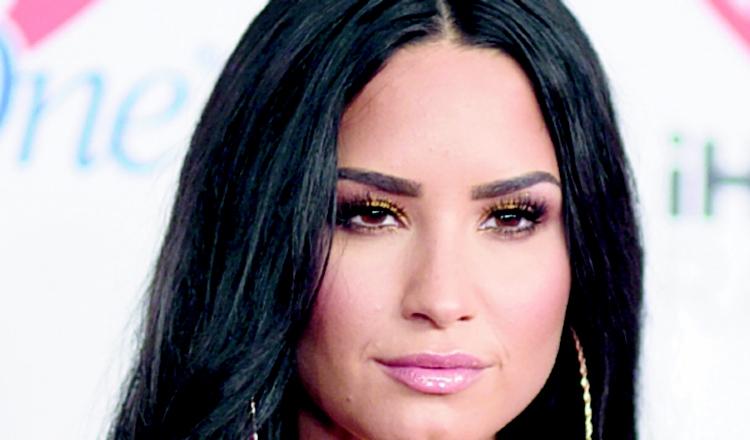 Demi Lovato se sincera sobre sus crisis