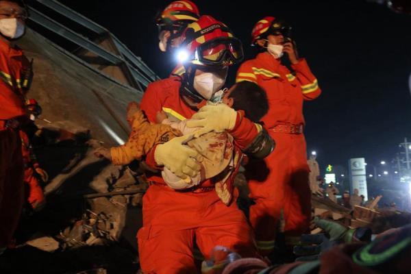 Diez muertos en hotel de China usado para asilar a personas afectadas por el coronavirus