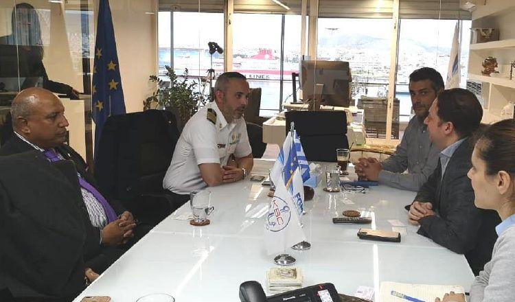 Podrían contratar marinos panameños en Grecia