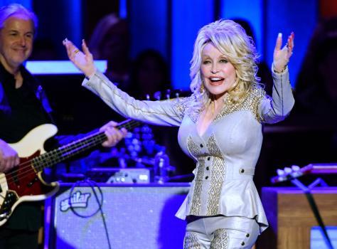 Dolly Parton quiere volver a posar para Playboy a sus 75 años