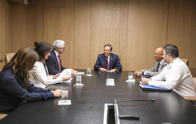 Lauretino Cortizo presenta a la OCDE avances de Panamá para cumplir con transparencia fiscal