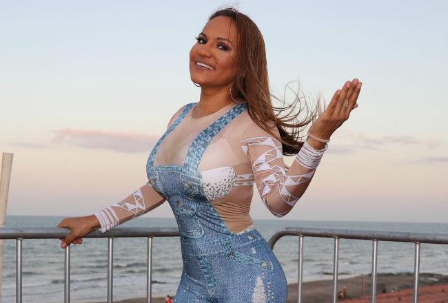 Nueva canción de Sandra Sandoval: 'Para quererte yo no necesito un papel firmado'