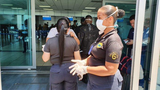 Las autoridades de Salud brindan un informe sobre los casos de coronavirus (COVID-19) diariamente.