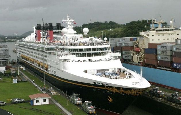 Pullmantur Cruceros suspende su operativa de cruceros desde esta medianoche por el coronavirus