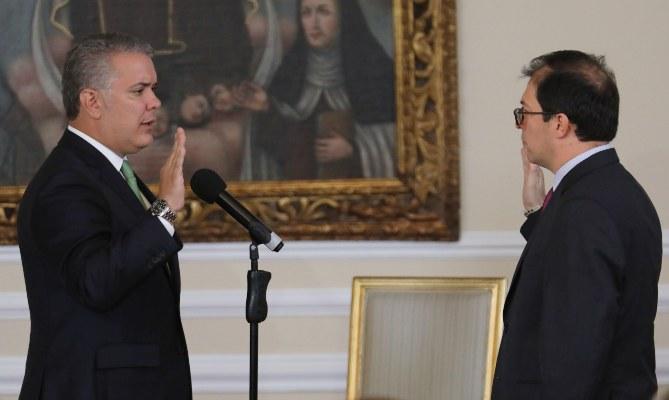 Iván Duque descarta el diálogo directo con Nicolás Maduro para enfrentar el COVID-19