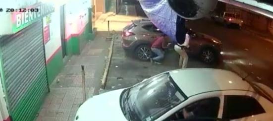Frustran asalto a mano armada en un supermercado en David