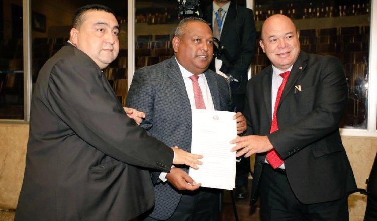 Coronavirus en Panamá: Diputados proponen suspender por cuatros meses pago de agua, luz y teléfono