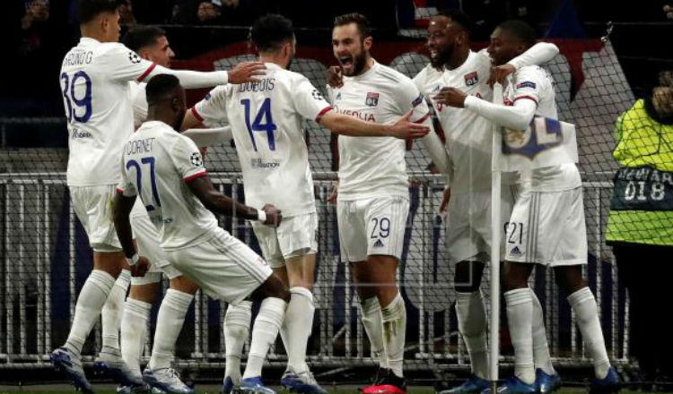 Los jugadores de la liga francesa verán reducido sus salarios