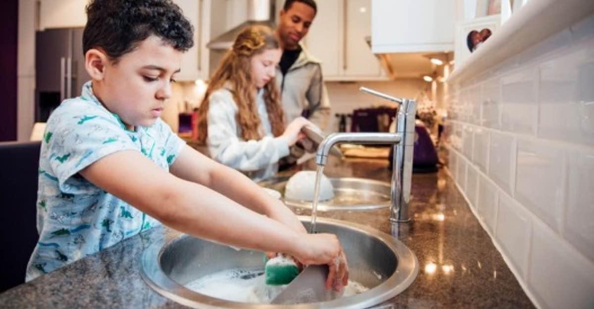 Coronavirus en Panamá: ¿La cuatentena le permite compartir más con sus hijos? ¡Enséñelos a cooperar!