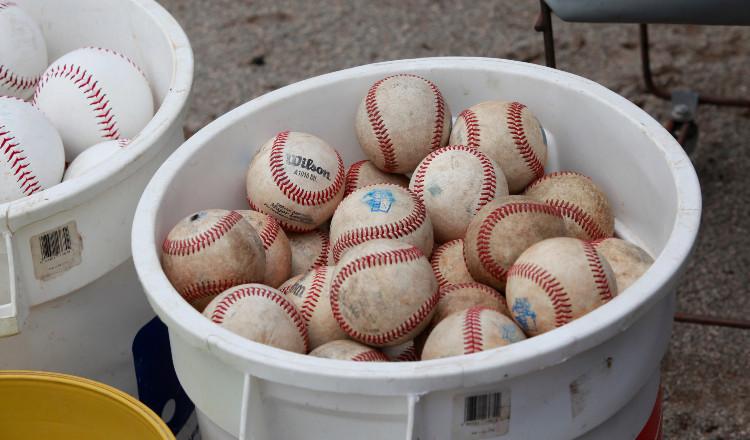 En Nicaragua suspenden beisbolista por negarse a jugar por temor al covid-19