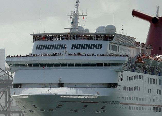 Coronavirus: Un tercer crucero con posibles enfermos por COVID-19 navega hacia Florida, EE.UU.