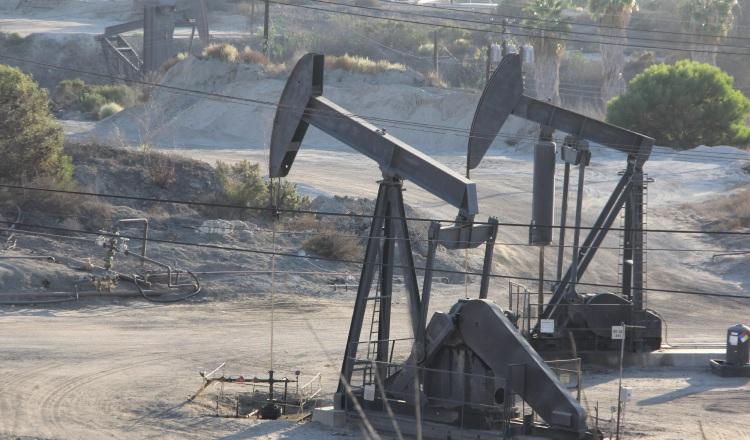 Petróleo de Texas baja un 0.8%