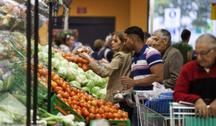 Precios de los alimentos bajan durante marzo por el coronavirus