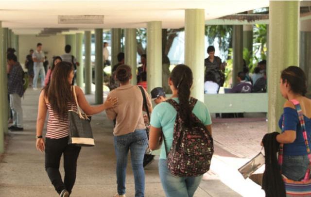 Alrededor de 68 mil estudiantes de la Universidad de Panamá recibirán clases no presenciales