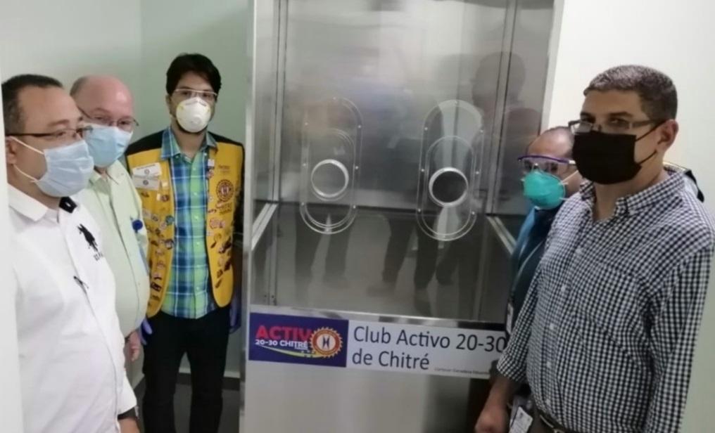 Donan cabina para hisopado a policlínica de la Caja de Seguro Social en Chitré