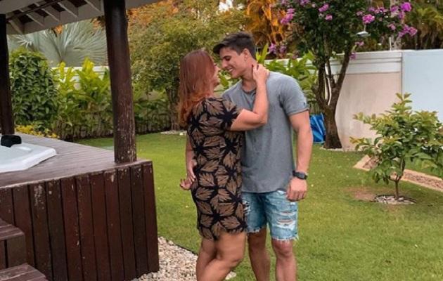 Mamá de Neymar se separa de su novio de 23 años, tras descubrir su pasado homosexual
