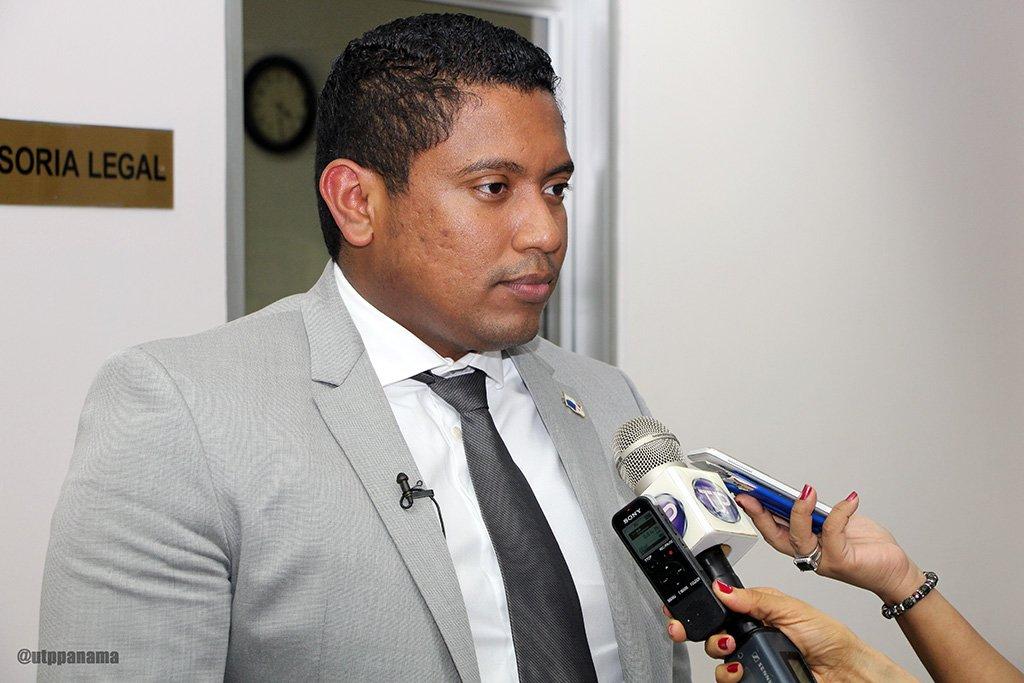 Interponen querella penal contra el director de la Autoridad de Innovación Gubernamental y piden su separación del cargo