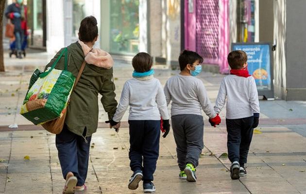 Actividades que involucren a niños y adolescentes serían de las últimas en reactivarse