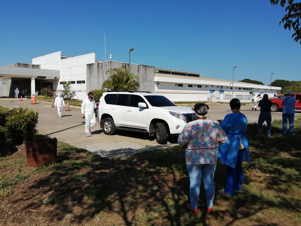 Establecen un auto rápido para aplicar la vacuna contra la influenza en el MinsaCapsi de Dolega
