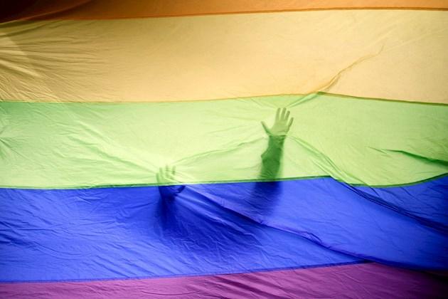 Un intento por frenar el matrimonio gay en Costa Rica genera violencia en el Congreso