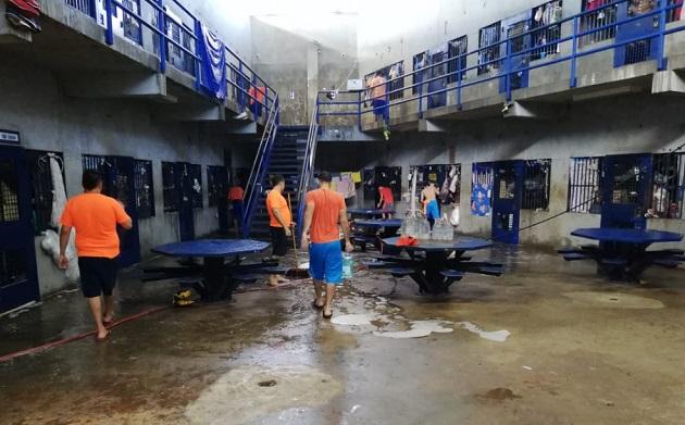 Dan de alta a 15 privados de libertad que se contagiaron de COVID-19 en una cárcel de Colón