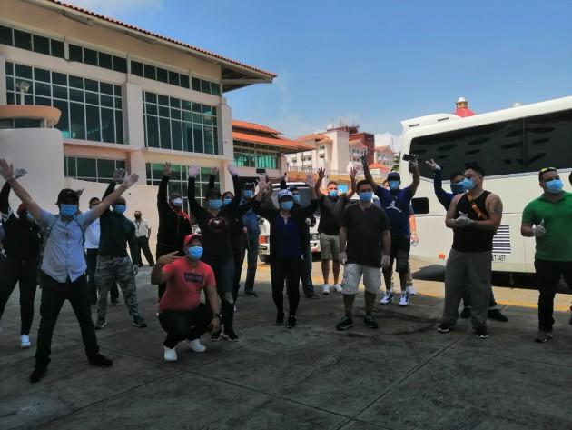Más de 30 marinos panameños son repatriados procedentes de Tampa, Florida