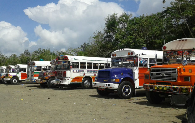 Transportistas advierten que no es rentable llevar solo el 50% de pasajeros en los buses y se verán obligados a paralizar