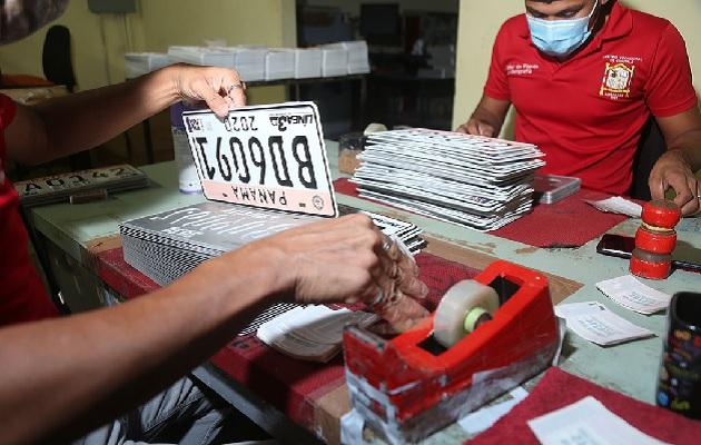Entrega de placa en el Municipio de Panamá se realizará por cédula y género