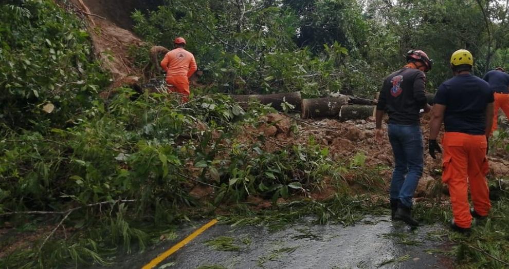 Seis puntos de Chiguirí Arriba en Coclé fueron afectados por los deslizamientos de tierra
