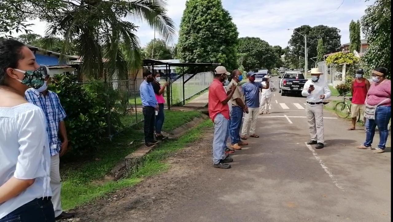 Protestas en Mariato por el cierre del Centro de Salud de Llano de Catival por COVID-19