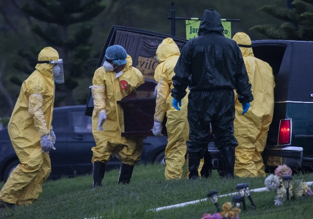"Familias nicaragüenses son obligadas a realizar ""entierros exprés"""