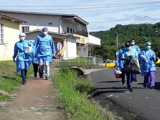 Instalan cerco sanitario en Colón y trasladan primeros pacientes al hospital Panamá Solidario