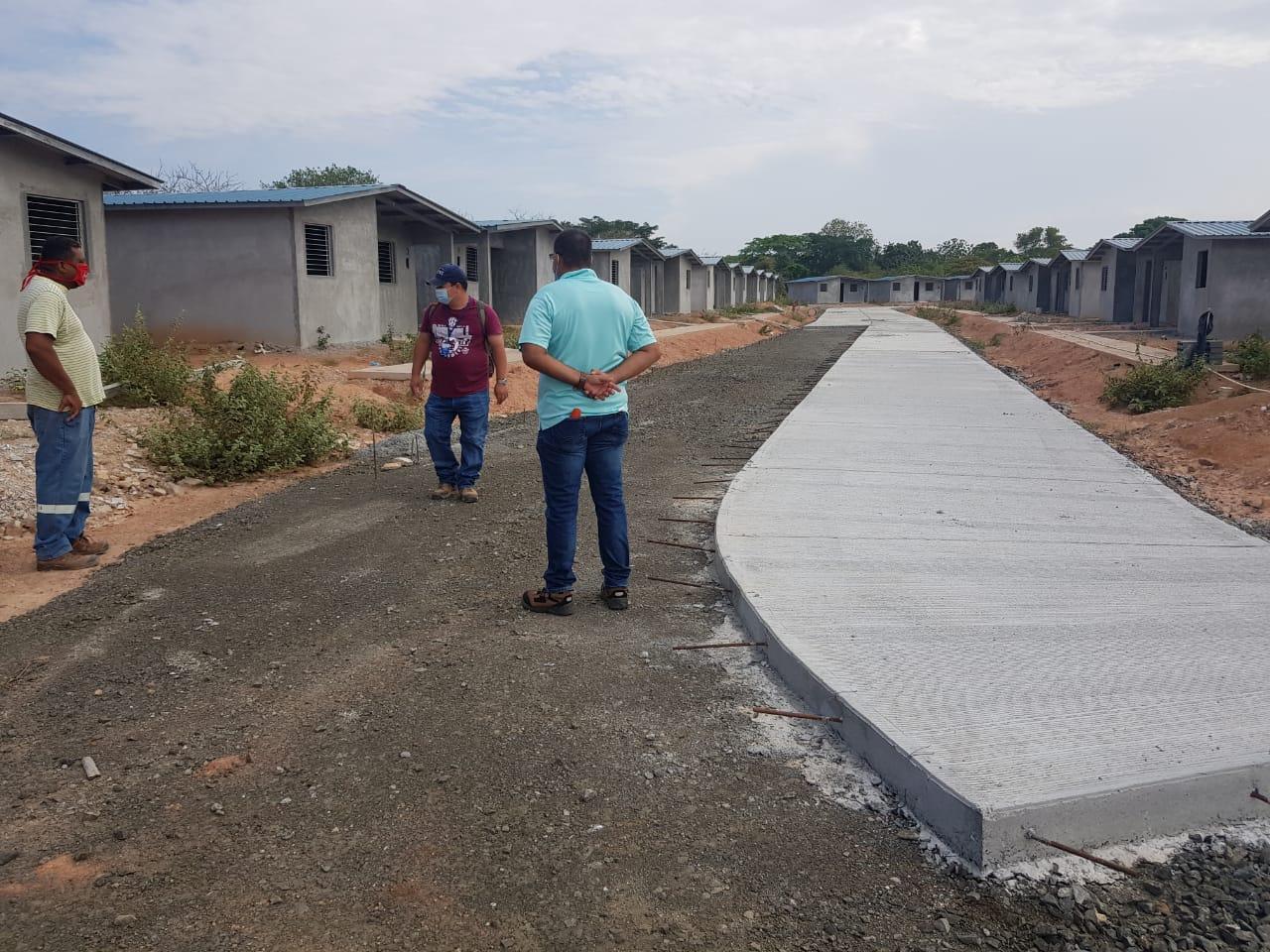 Más de 100 familias esperan que les entreguen su vivienda en El Playón, distrito de Aguadulce