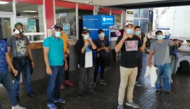 Costa Rica accede a viaje humanitario de los 18 nicaragüenses varados en Paso Canoas