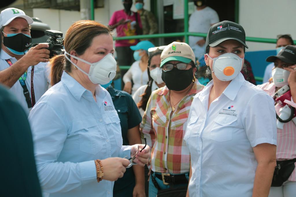 Rosario Turner  deja de ser la ministra de Salud; Luis Sucre tomará el mando en plena pandemia