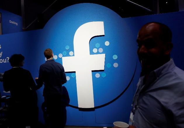 Anunciantes de Facebook dan un paso atrás