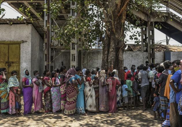 Aumenta el desempleo para las mujeres en India, a causa de la pandemia