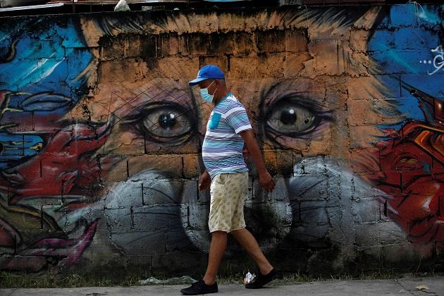 COVID-19 castigó sin piedad a Panamá en junio y lo dejó al borde del colapso sanitario