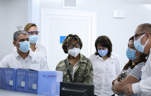 Minsa no descarta contratar especialistas extranjeros para reforzar la lucha contra el coronavirus