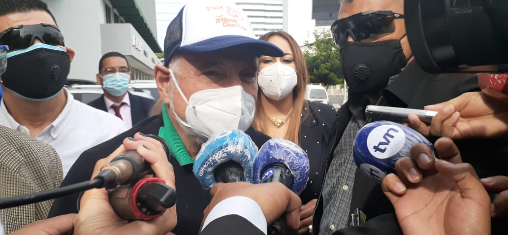 Defensa de Ricardo Martinelli presenta recusación por parcialidad y enemistad en contra de fiscal Tania Sterling