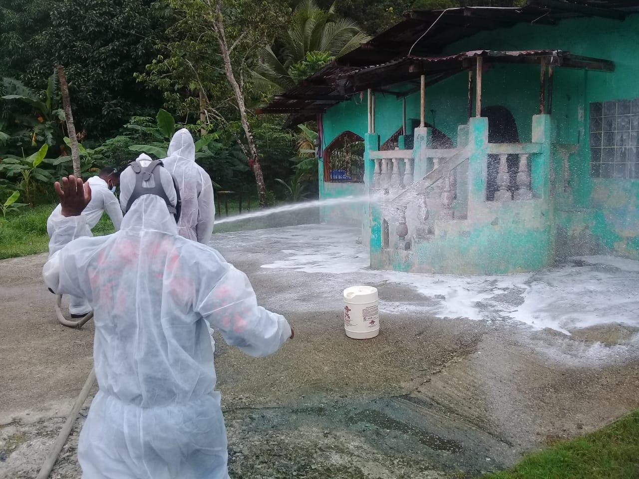 Fortalecen la sanitización en la Costa Arriba de Colón para minimizar el riesgo de contagio de COVID-19 y casos de dengue