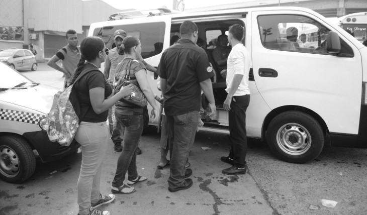 La COVID-19 viaja en Panamá hacinada con gente hambrienta y desesperada