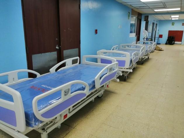 Hospital de Colón refuerza con diez camas más la sala de COVID-19