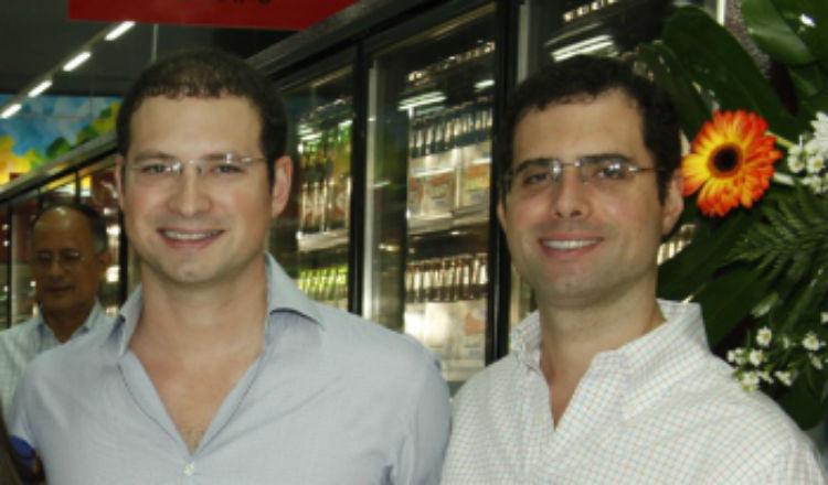 Hermanos Martinelli cuentan con estatus de diplomáticos de Panamá en el extranjero, al ser diputados del Parlacen