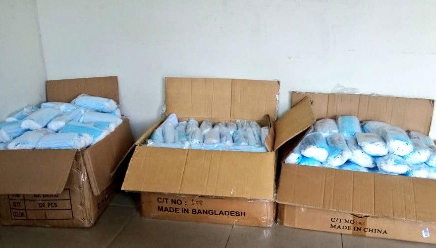 Aduanas decomisa en Chiriquí ropa y mascarillas de contrabando