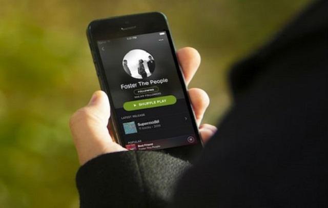 Spotify, Tik Tok y otras aplicaciones sufren caída por un error de Facebook